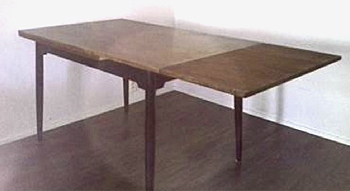 Pöytä Fanett.